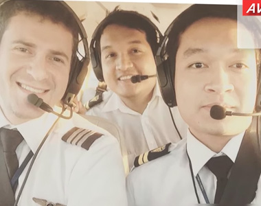 THE FIRST 4 CAMBODIAN PILOTS OF VFT